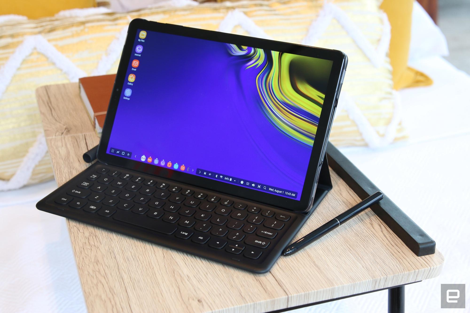 Trên tay Galaxy Tab S4: màn hình tỉ lệ 16:10, 4 loa AKG, Giao diện DeX như laptop