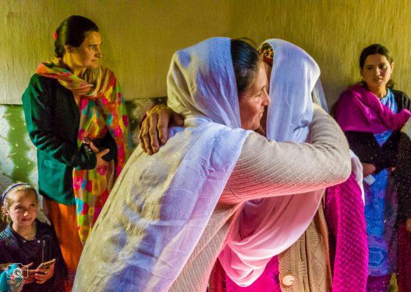 Cô dâu Việt và Hôn lễ Hồi giáo trên dãy Tuyết Sơn