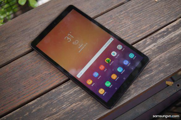 Trên tay Galaxy Tab A 10.5″: màn hình tràn viền, 4 loa sống động với Dolby Atmos
