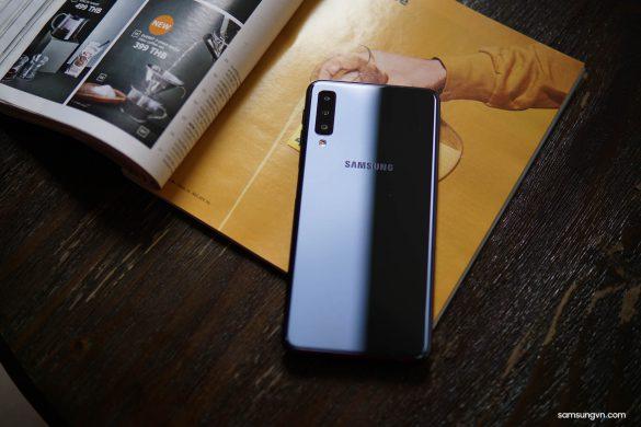 Trên tay và chia sẻ trải nghiệm nhanh Galaxy A7 (2018): máy đẹp, camera chụp góc
