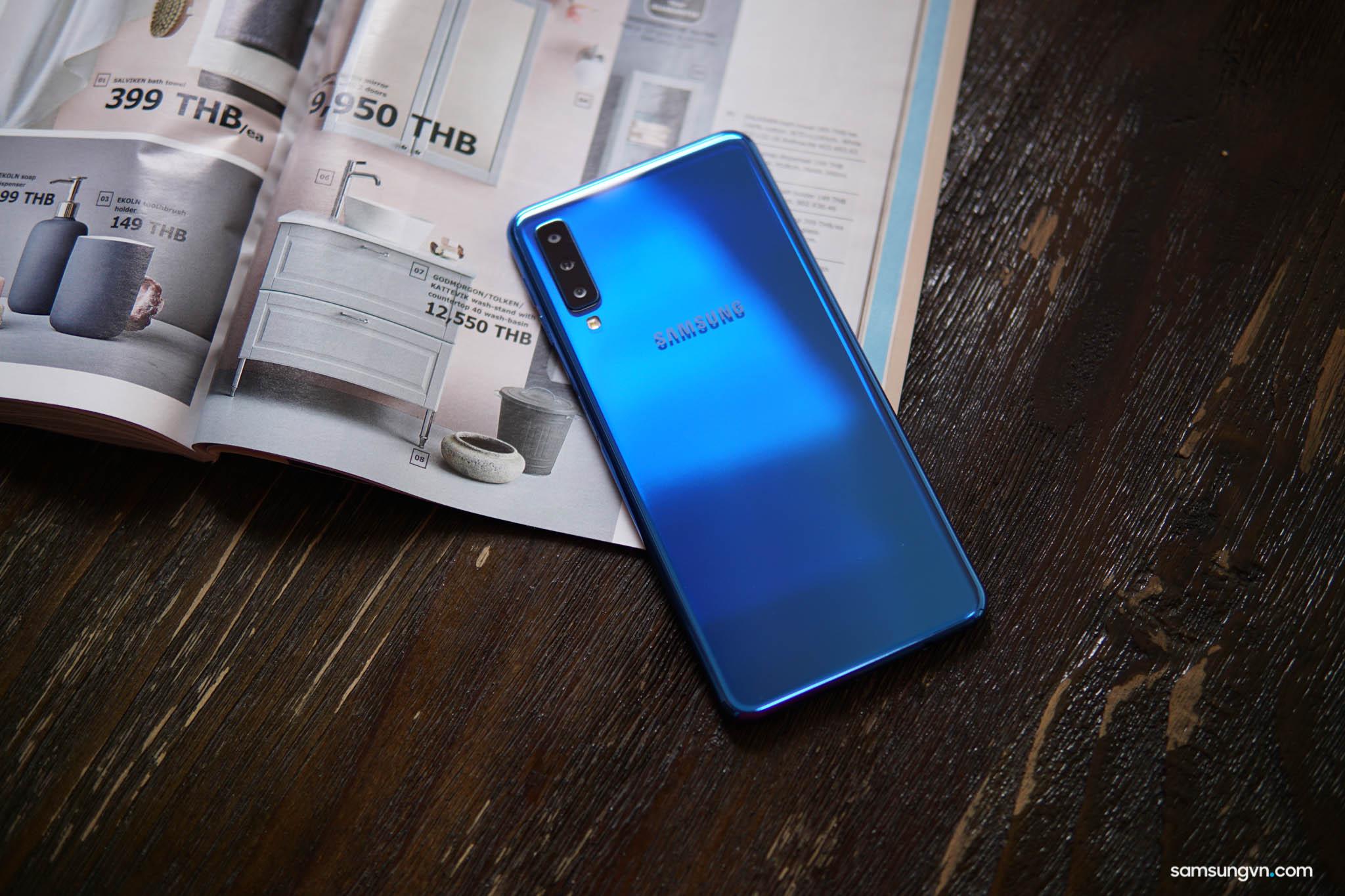 Mua Galaxy A7 (2018) 64GB – Miễn phí nâng cấp lên bản 128GB trong 2 ngày
