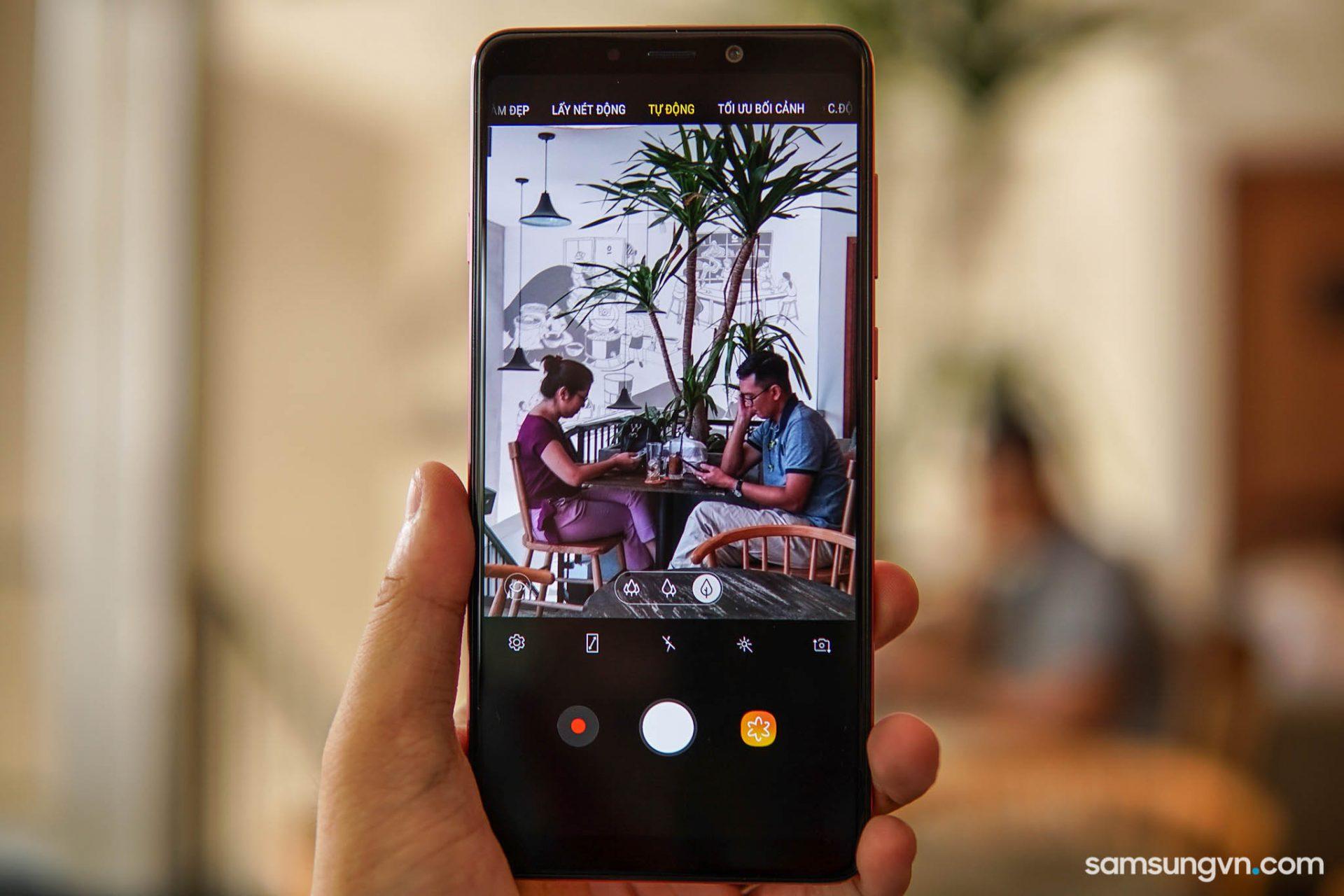 Giờ đã hiểu tại sao Galaxy A9 là chiếc smartphone độc đáo cho giới trẻ