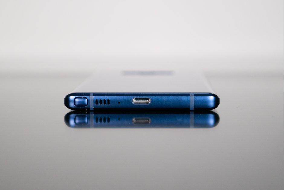 Galaxy A8s sẽ là smartphone đầu tiên của Samsung không có jack 3.5mm?