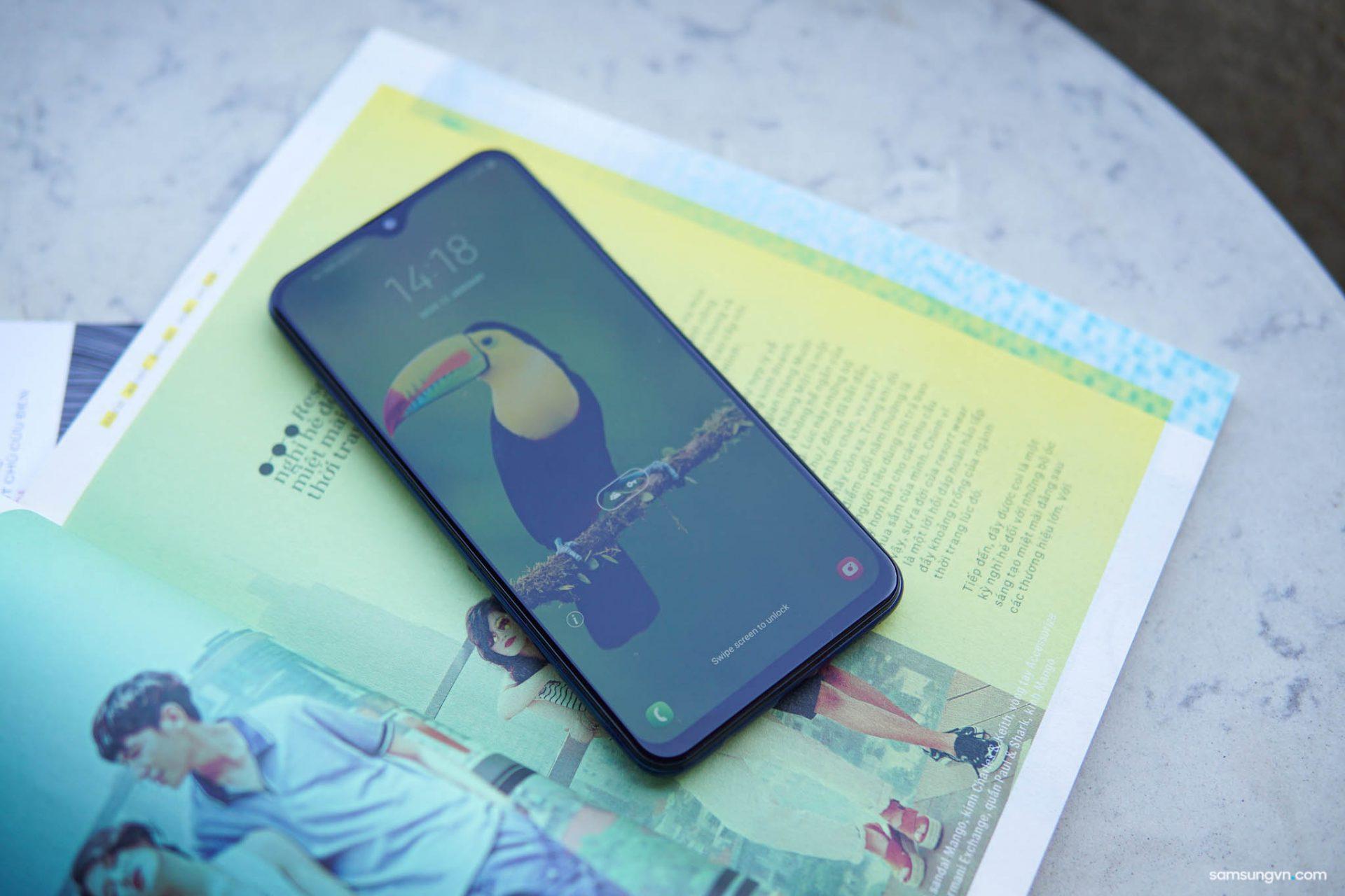 Đánh giá Thời lượng sử dụng Pin Galaxy M20: Giải trí bất tận với 25 giờ xem phim, nghe nhạc cùng Galaxy M20
