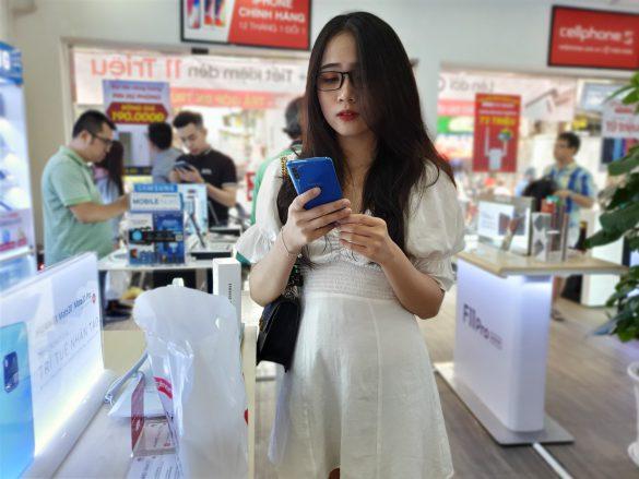 Không kèn không trống nhưng Galaxy A50 tiếp tục phá kỉ lục doanh số với hơn 50,000 đơn đặt mua sản phẩm