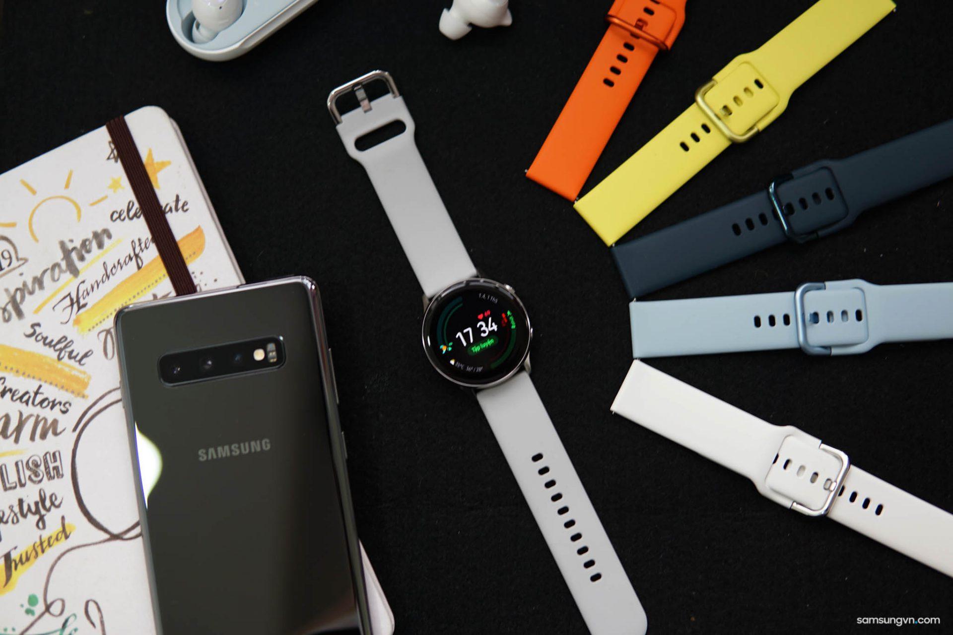Cận cảnh Bộ dây đeo Sport Band cho Galaxy Watch Active: chuẩn 20mm, nhiều tuỳ chọn màu sắc năng động