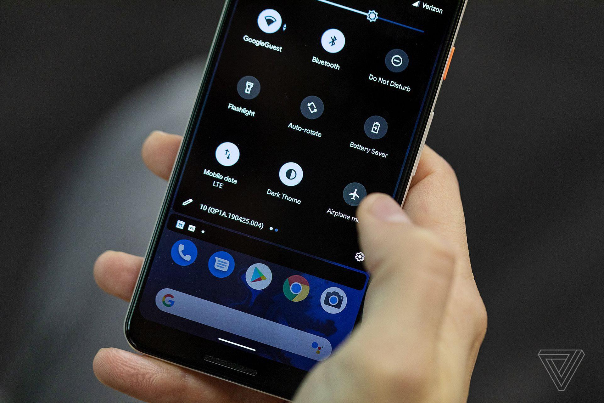 Google giới thiệu Android Q mới: có chế độ Dark Theme, Điều hướng cử chỉ vuốt …
